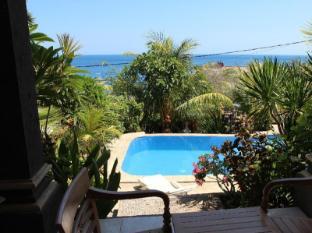Anugerah Villas Amed Бали - Плувен басейн
