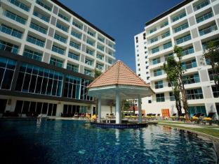 Centara Pattaya Hotel Pattaya - Swimming Pool