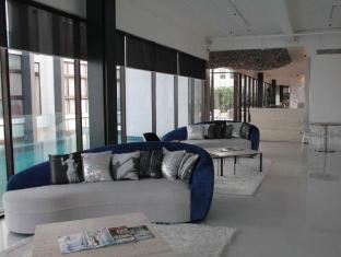 Clearwater Residence Kuala Lumpur - Clubhouse Lounge Area