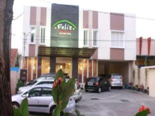 Feliz Guest House Surabaya - Exterior