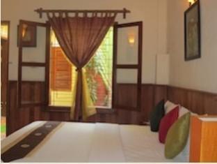 Kambuja Inn Phnom Penh - Double Superior (Garden View)