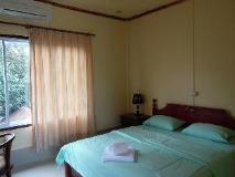 Bua Khao Guest House: guest room
