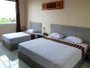 Стандартний тримісний номер з ліжком
