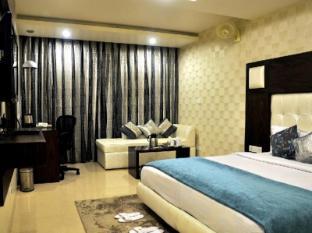 Diamond Plaza Hotel Chandigarh - Club Room