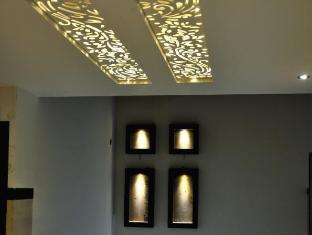 Diamond Plaza Hotel Chandigarh - Interior