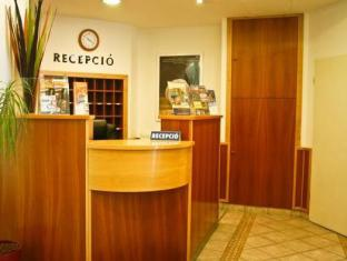 City Center Guesthouse Hotel Budapest - Reception