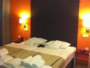 Standaard driepersoonskamer met gedeelde badkamer