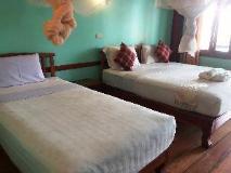 Pan's Bungalow: guest room