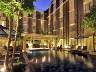 Ananta legian Hotel Bali - Swimming Pool