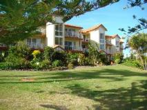 Bayview Bay Apartments: exterior