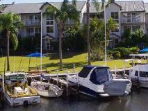 Bayview Bay Apartments: surroundings