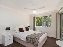 Bayview Bay Apartments: guest room