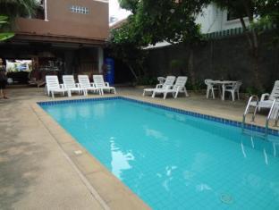 Joy Residence Pattaya - Swimming Pool