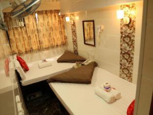 Australian Guest House Hong Kong - Triple Bed ( Double & Single)