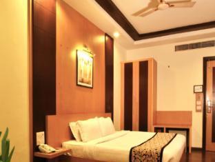 Karon Hotel - Lajpat Nagar New Delhi and NCR - Deluxe room