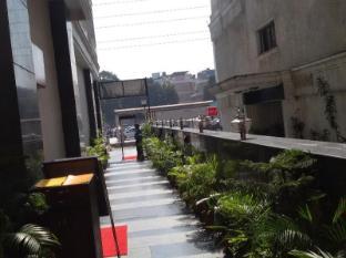 Karon Hotel - Lajpat Nagar New Delhi and NCR - Exterior