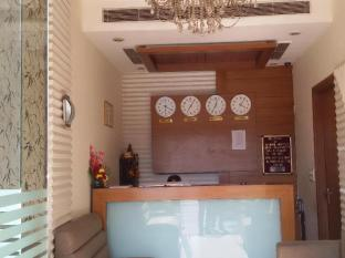 Karon Hotel - Lajpat Nagar New Delhi and NCR - Reception