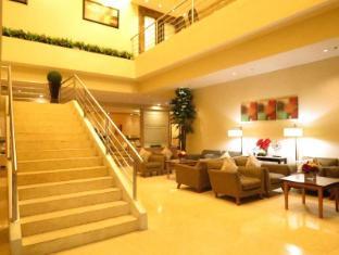 La Breza Hotel Manila - Garden