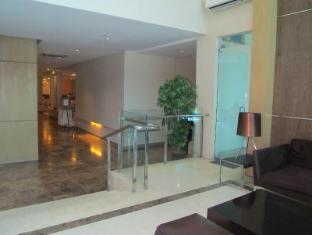 La Breza Hotel Manila - La Breza Hotel Lobby
