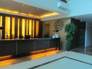 La Breza Hotel Manila - Hotel Reception
