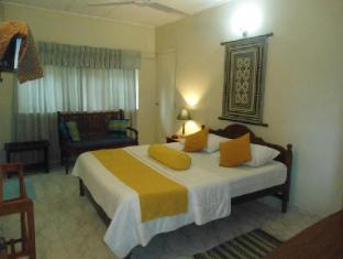 Ranveli Beach Resort Colombo - AC Double Super Deluxe room