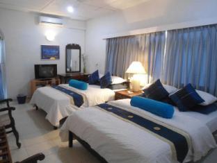 Ranveli Beach Resort Colombo - Family Room