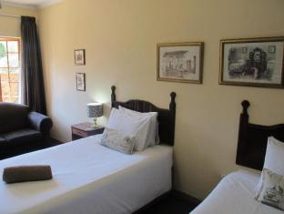 Aero Guest Lodge Johannesburg - Twin Room