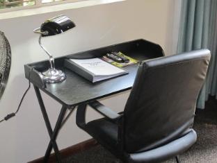 Aero Guest Lodge Johannesburg - Interior