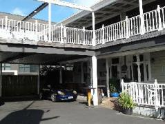 Shooters Saloon | New Zealand Budget Hotels