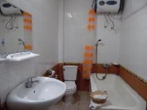 Chittavanh Hotel: bathroom