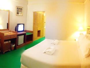 PSU Lodge Phuket - A Standard Double Bedroom (2)