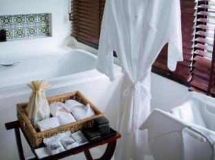 Acca Patong Phuket - Bathroom