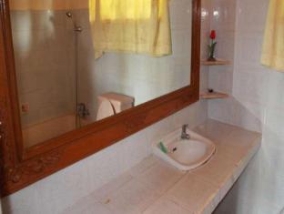 구넝 메트라 방갈로 발리 - 화장실