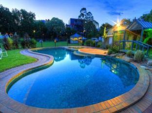 Mitchell Gardens Holiday Park