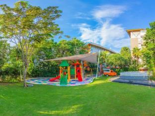 HARRIS Hotel & Residences Sunset Road Bali - Playground