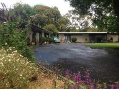 Australia Hotel Booking | Meeniyan Motel