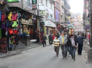 Hotel Kathmandu Terrace Kathmandu - Hotel is within shopping belt of Thamel
