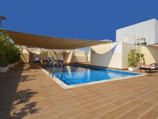 City Stay Hotel Apartment Dubai - Swimming Pool