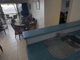 Rose Bay Resort Whitsunday Islands - מטבח