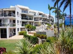 Regatta Riverfront Apartments | Australia Hotels Noosa