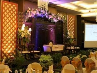 Horison Bogor Hotel Bogor - Ballroom