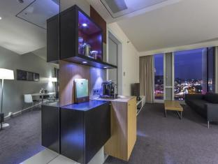 DoubleTree by Hilton Hotel Amsterdam Centraal Station Amsterdam - Guest Room