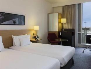 DoubleTree by Hilton Hotel Amsterdam Centraal Station Amsterdam - Gastenkamer