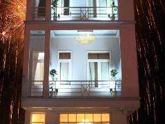 Gold Night Hotel | Dalat Budget Hotels