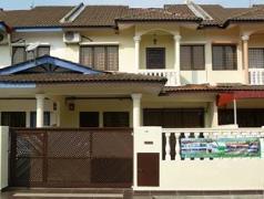 Cheap Hotels in Malacca / Melaka Malaysia | Glorious Straits Vacation Home