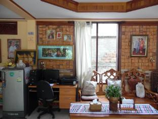 Heuan Lao Guesthouse Vientián - Vestíbulo
