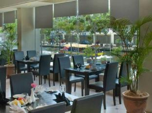 WANA Riverside Hotel Malacca - Coffee Shop/Cafe