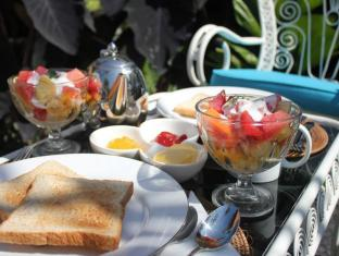 Voyager Boutique Creative Retreat Bali Bali - Food and Beverages