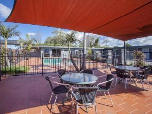 Sunshine Motor Inn Melbourne - Swimming Pool