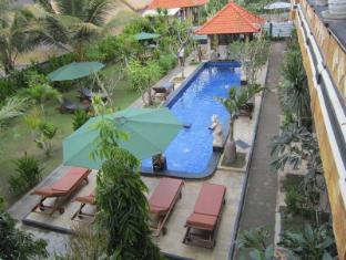 Nitya Homestay Lembongan Bali - Exterior